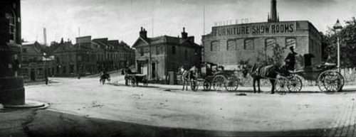 Torquay Town Hall 500x193 - Torquay in 360º