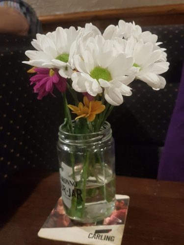 Table Flowers Pickwick