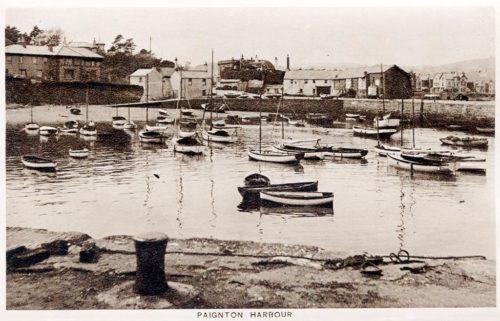 Paignton Harbour in the 1930 500x321 - Paignton Harbour in 360º