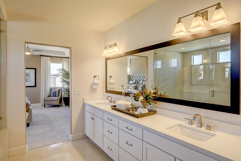 How to Avoid Getting Mold in Your Bathroom