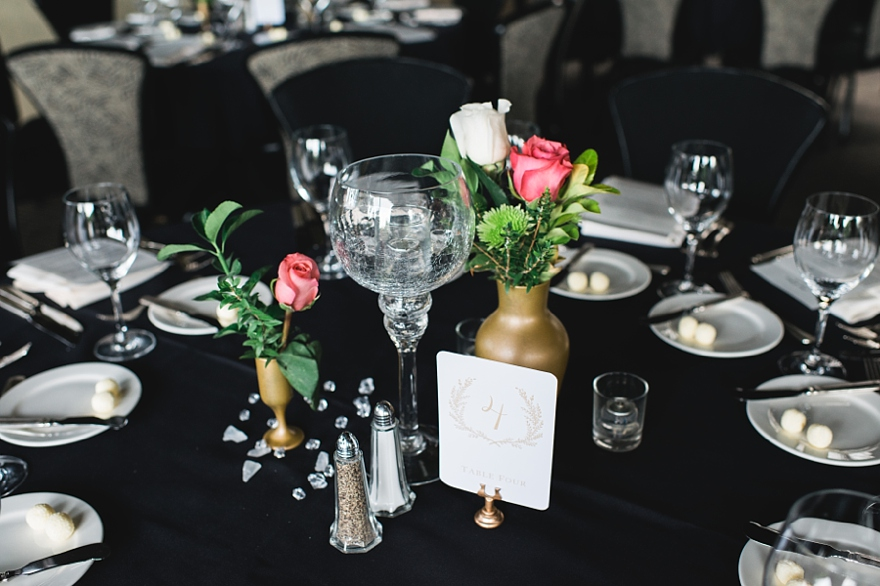 spencers restaurant wedding, spenders restaurant reception, bougainvillea room, simple table settings, roses for centerpieces