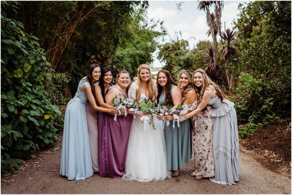 bridal party bouquets made with succulents