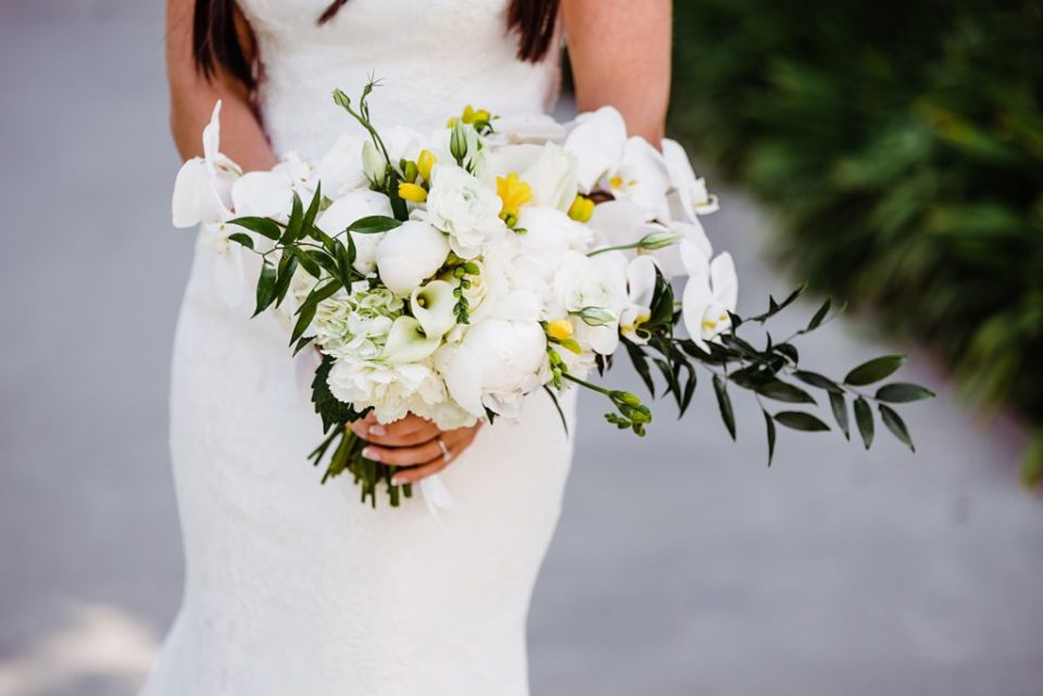 white bridal bouquet with pop of yellow