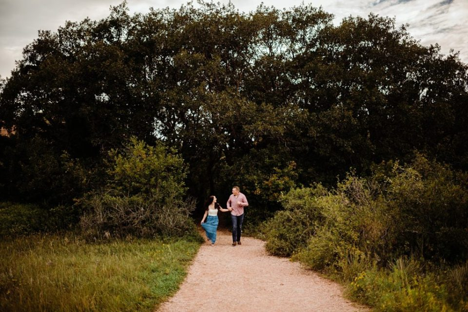 engagement session at garden of the gods in colorado springs