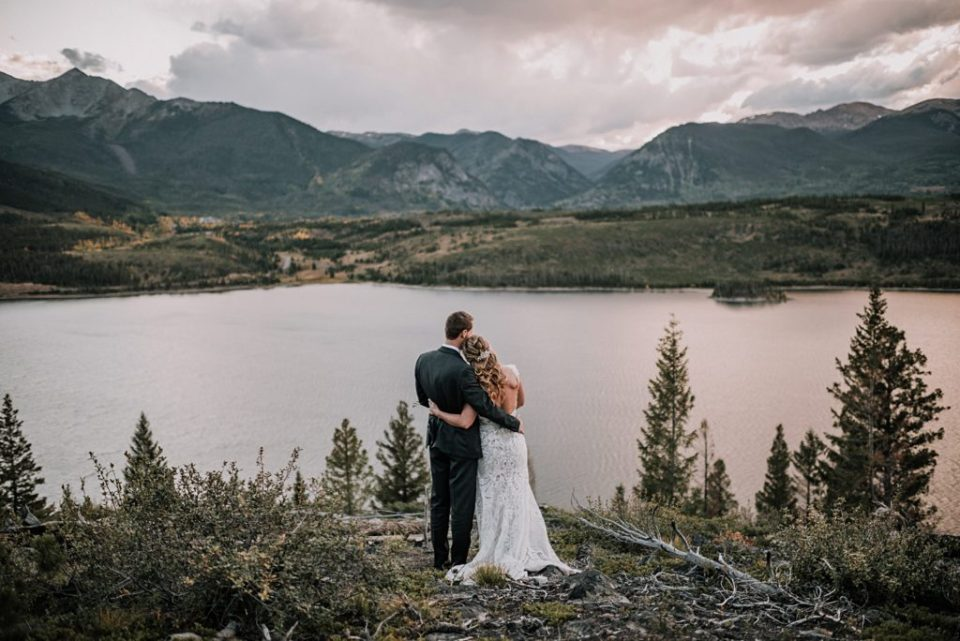 wedding photos near sapphire point in colorado