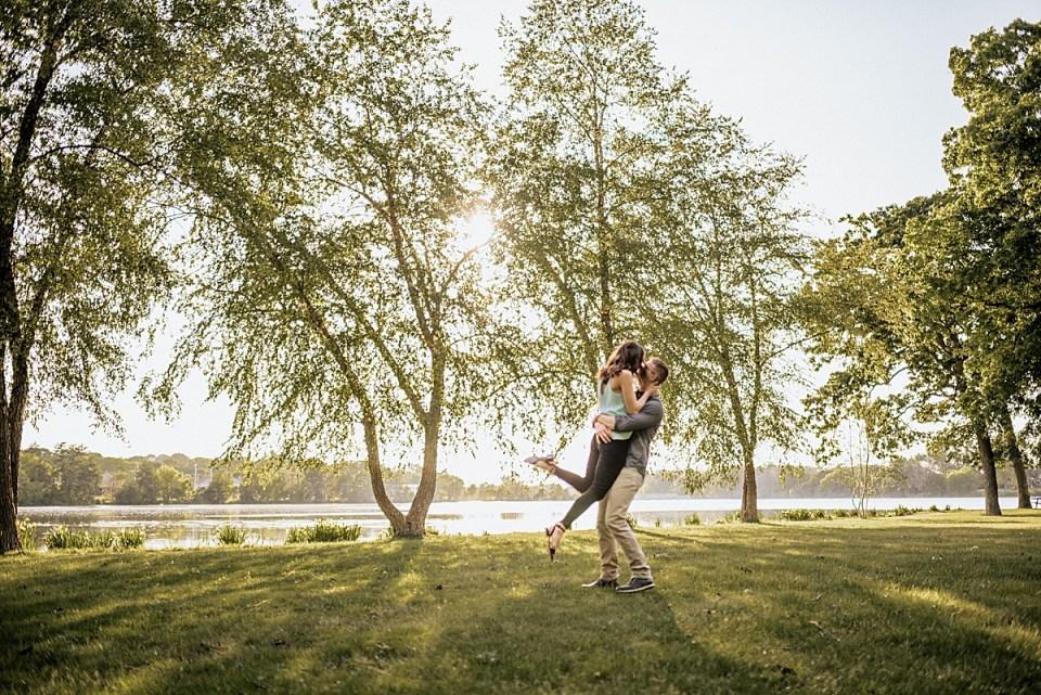 echo park burlington wisconsin engagement photos