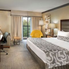 Chair With Pull Out Bed Bedroom Hanging For Sale Guest Rooms | Asheville Crowne Plaza