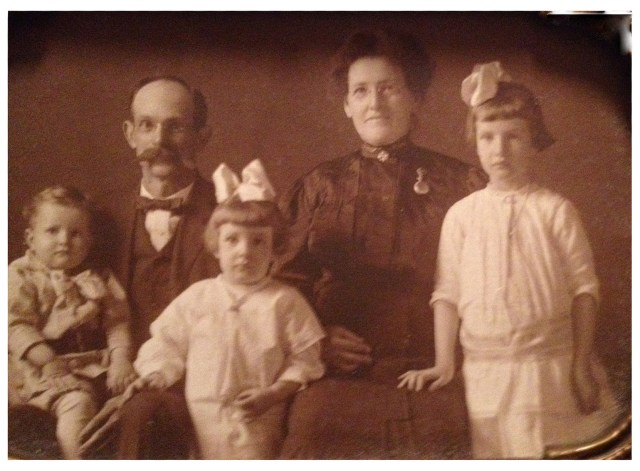 Asbury, Ella, John [L], Bertha [C], and Azile [R] about 1916.