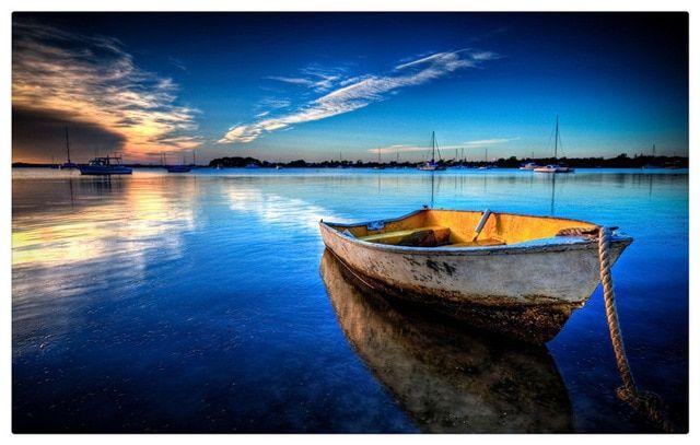 Muat Turun Bermacam Contoh Lukisan Perahu Kertas Yang