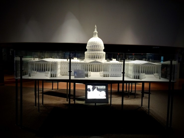Whitehouse replica at Constitution Center