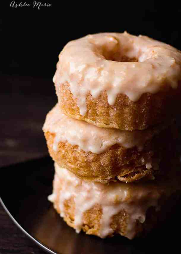a full video tutorial and recipe for how to make your own cronuts