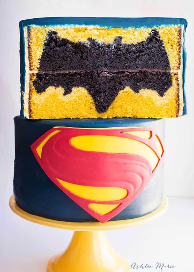 Batman Vs Superman Design Inside Cake Video Tutorial
