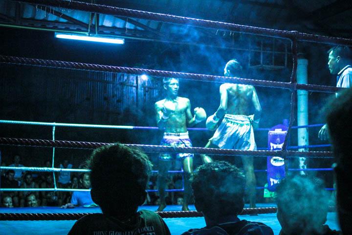 Koh_tao_muay_thai_fight_2