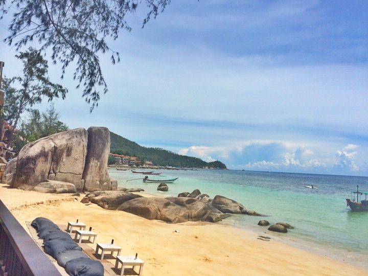 Koh_tao_sairee_beach