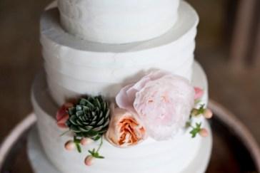 Honey Farm Wedding Reception Venue Dayton Ohio by Ashley Lynn Photography (15)