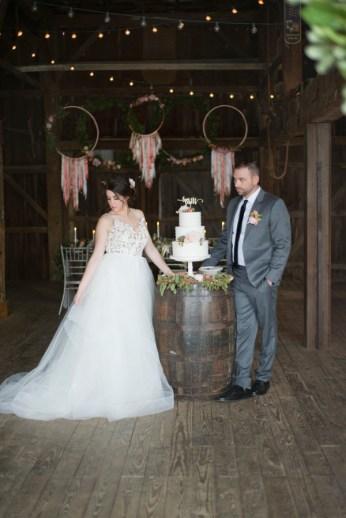Honey Farm Wedding Reception Venue Dayton Ohio by Ashley Lynn Photography (18)