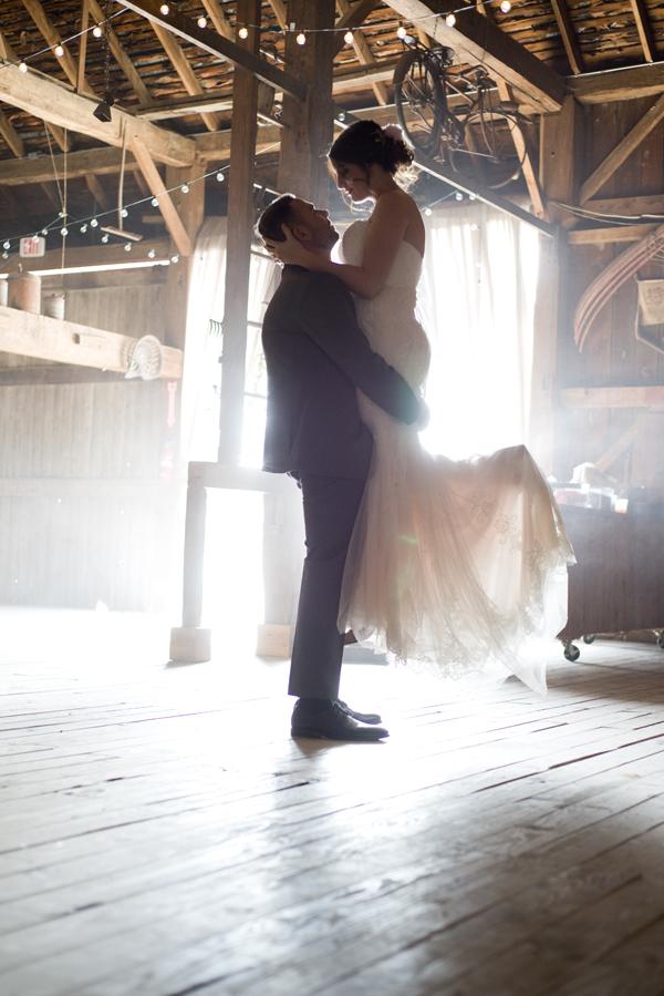 Honey Farm Wedding Reception Venue Dayton Ohio by Ashley Lynn Photography (26)