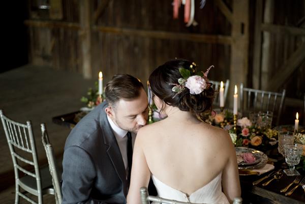 Honey Farm Wedding Reception Venue Dayton Ohio by Ashley Lynn Photography (28)