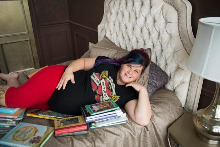 1006Dayton_Ohio_Book_Maternity_Session_By_Ashley_Lynn_Photography