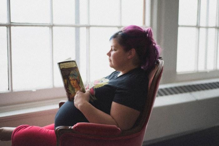1016Dayton_Ohio_Book_Maternity_Session_By_Ashley_Lynn_Photography