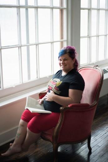1018Dayton_Ohio_Book_Maternity_Session_By_Ashley_Lynn_Photography