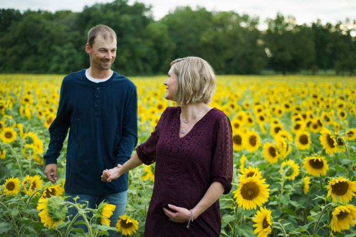 Family-Session-Sunflower-Field-by-Ashley-Lynn-Photography-1021