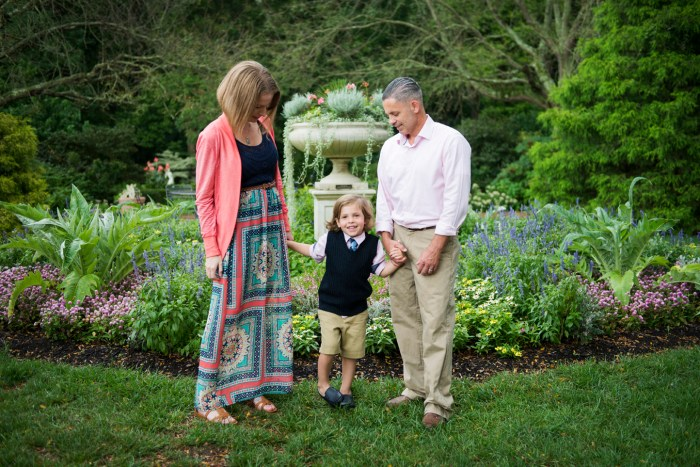 1003Dayton_Ohio_Garden_Family_Photography_Session_by_Ashley_Lynn_Photography