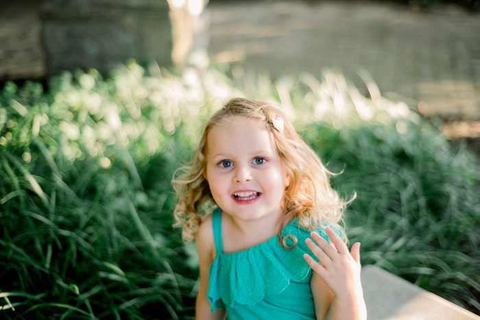 Ashley Lynn Photography Centerville family photo session at Benham's Grove.