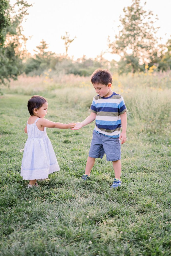 Sibling Portraits | Outdoor Family Photography