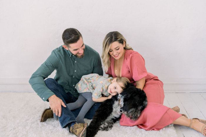 Cozy Family Portraits in Lebanon, Ohio