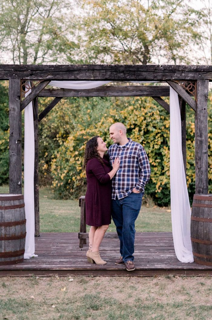 """Recreating The """"I Do"""" Photo at The Ohio Barn"""