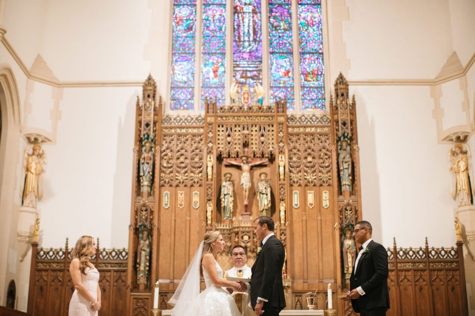 traditional NY church wedding photographed by Ashley Mac Photographs