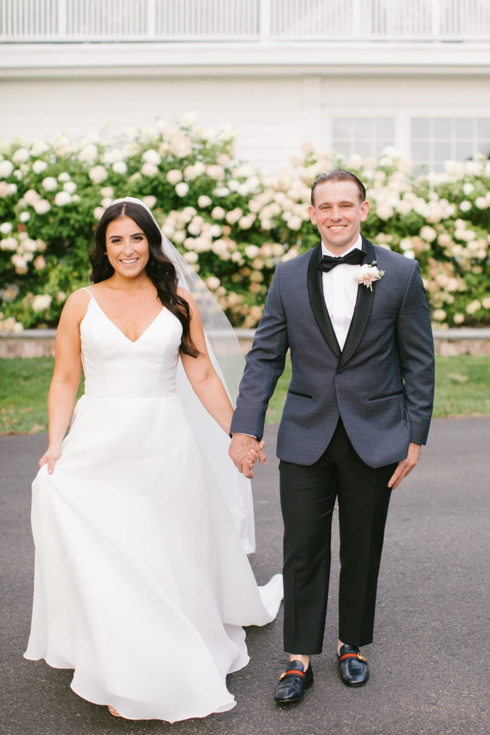 classic wedding photos in New Jersey with Ashley Mac Photographs