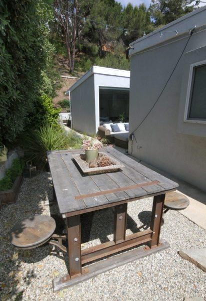 malibu airbnb backyard