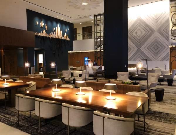 loews chicago lobby