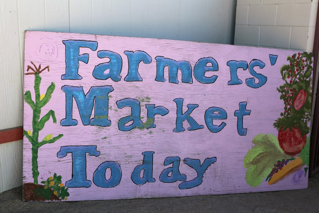 market-sign-by-shelley-dedauw
