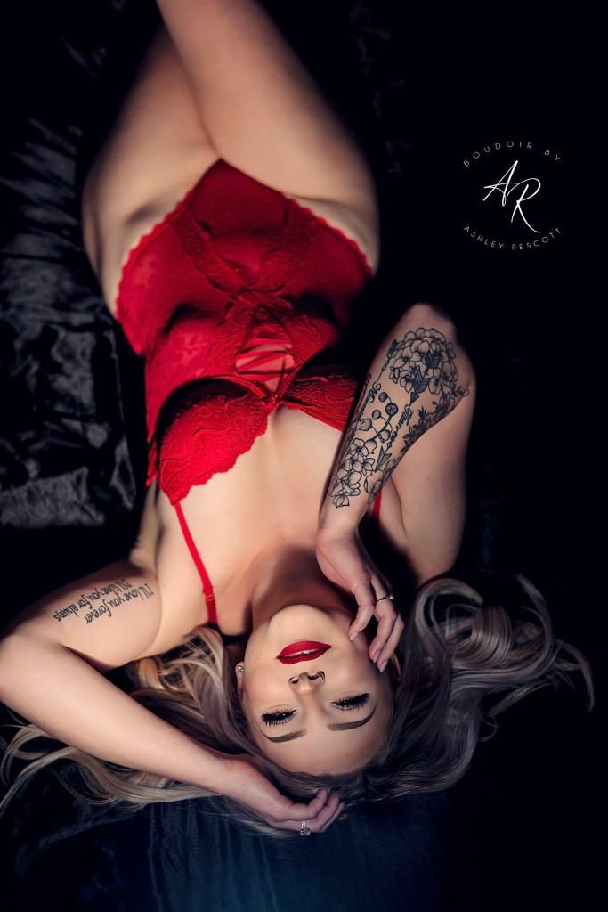 Portfolio image of dramatic light boudoir
