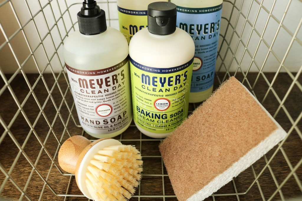 Mrs Meyers Soap Hand and Dish Grove Cellulose Sponges Surface Cleaner Lemon Verbena