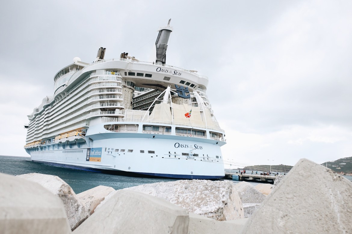 Royal Caribbean Cruise Guide: Oasis of the Seas - Ashley ...