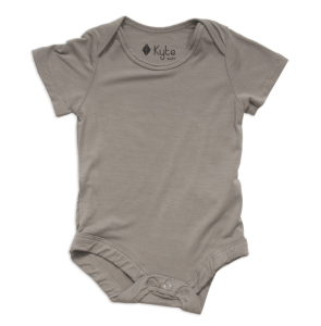 Baby Registry Essentials featured by popular Los Angeles life and style blogger and new mom, Ashley Terk: Kyte baby onesies