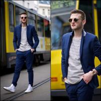 Style Image - White Sneakers 8