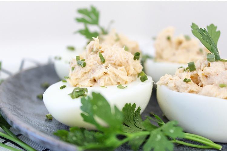 gevulde eieren met makreel