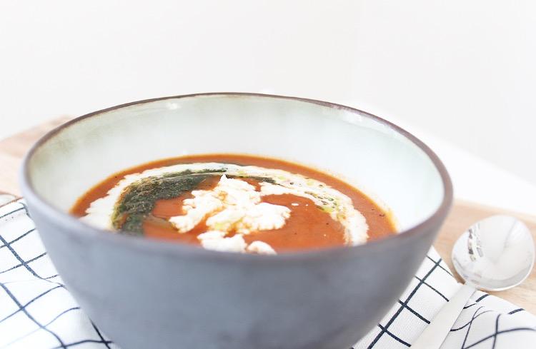 Pompoen tomatensoep uit de slowcooker