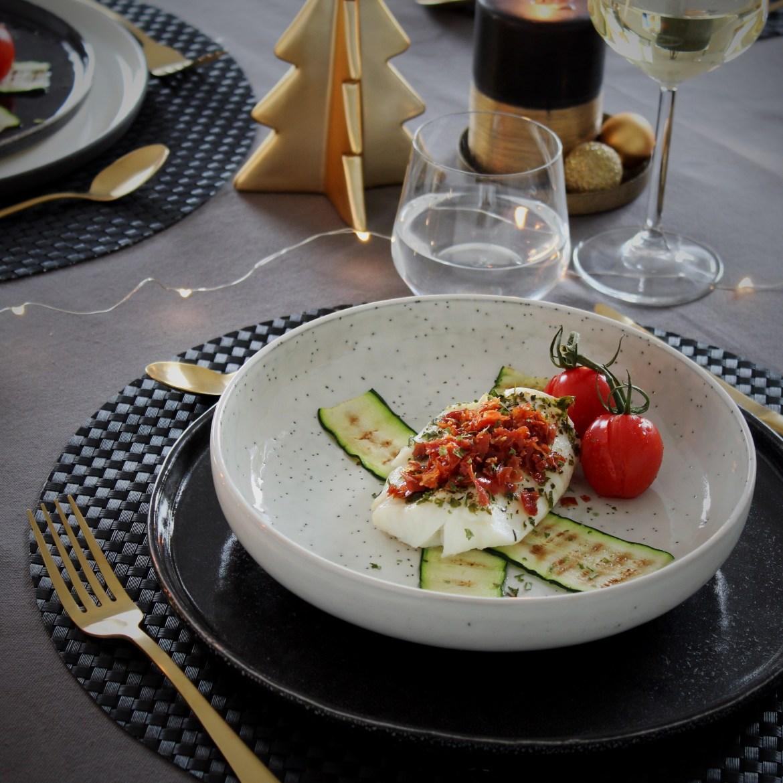Gestoomde kabeljauw met krokant gebakken parmaham