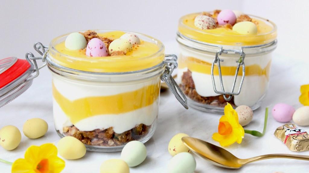 Simpel toetje voor de Paasdagen met kwark en lemon curd
