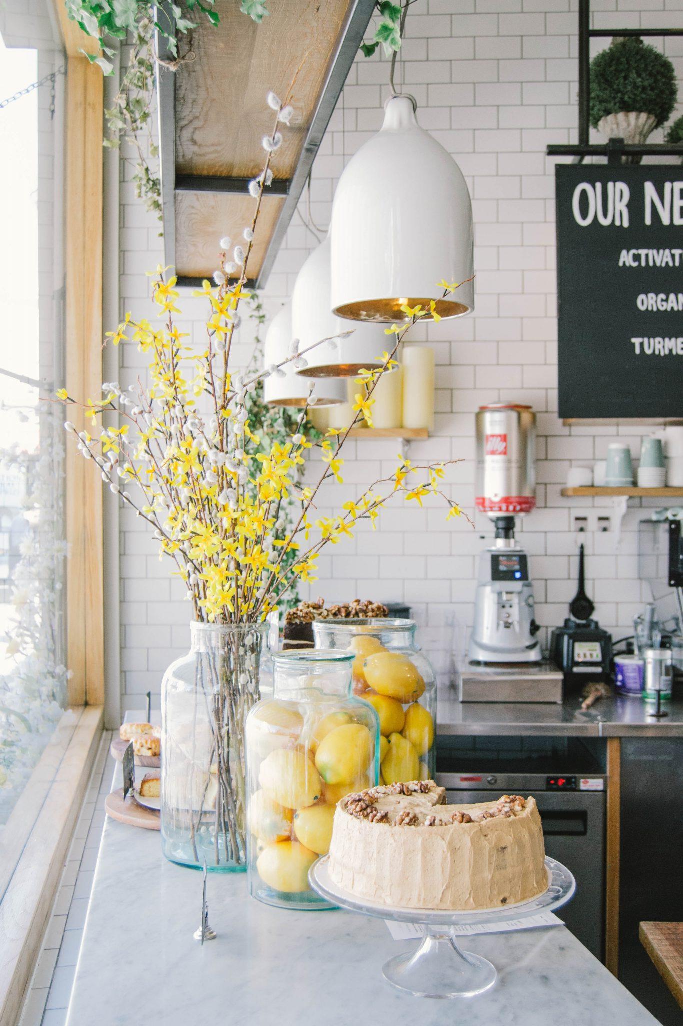 kitchen counter decor