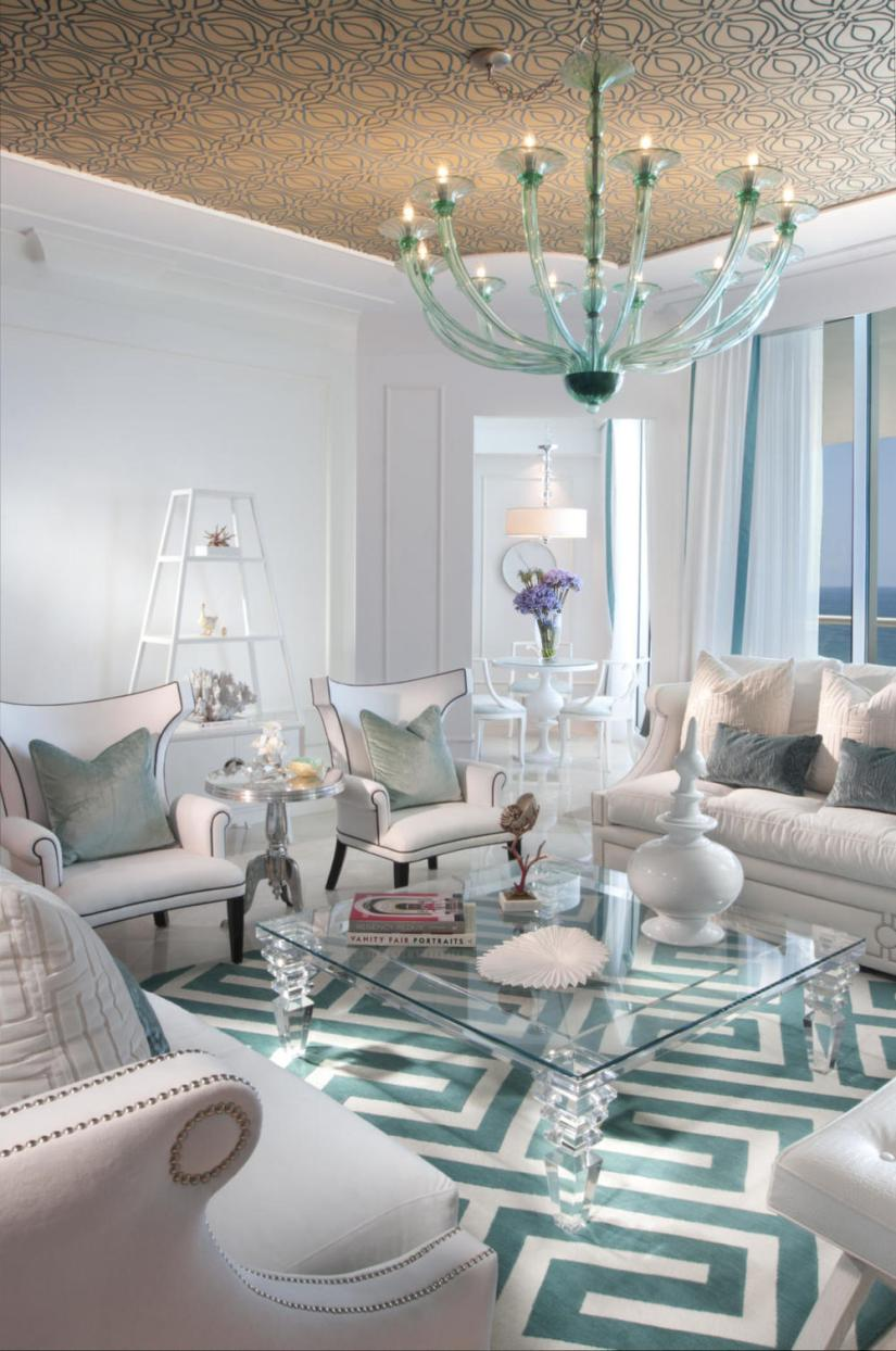 round coffee table decor