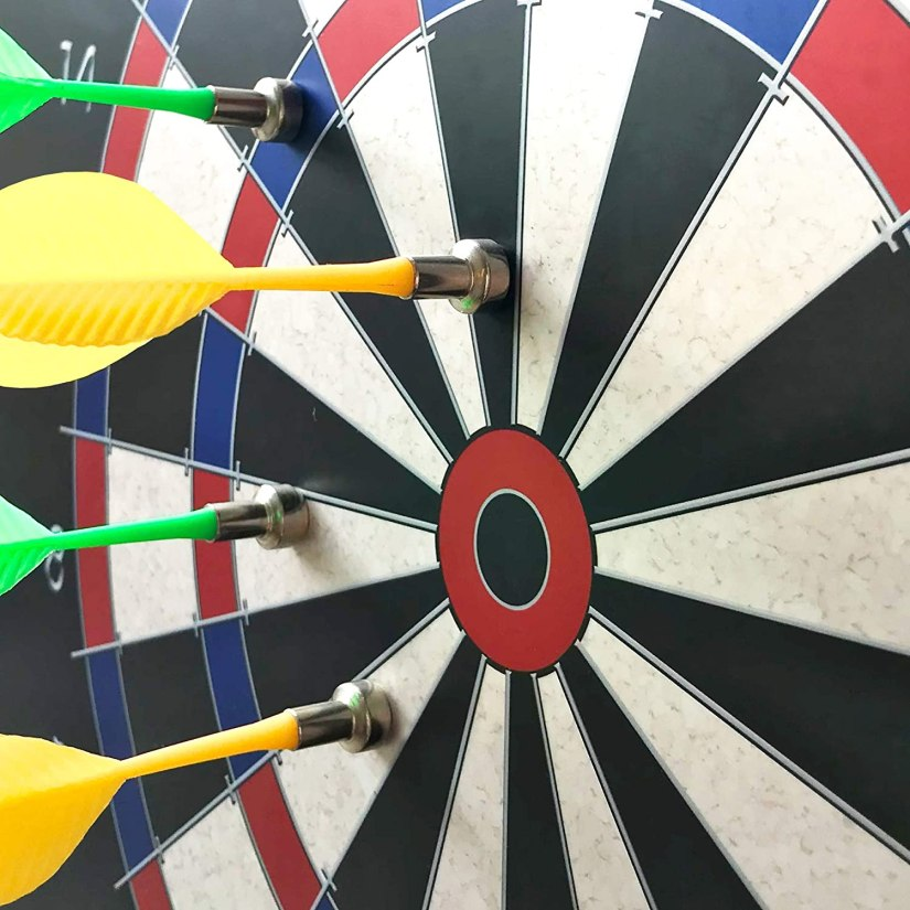 dart board boys room decorating idea