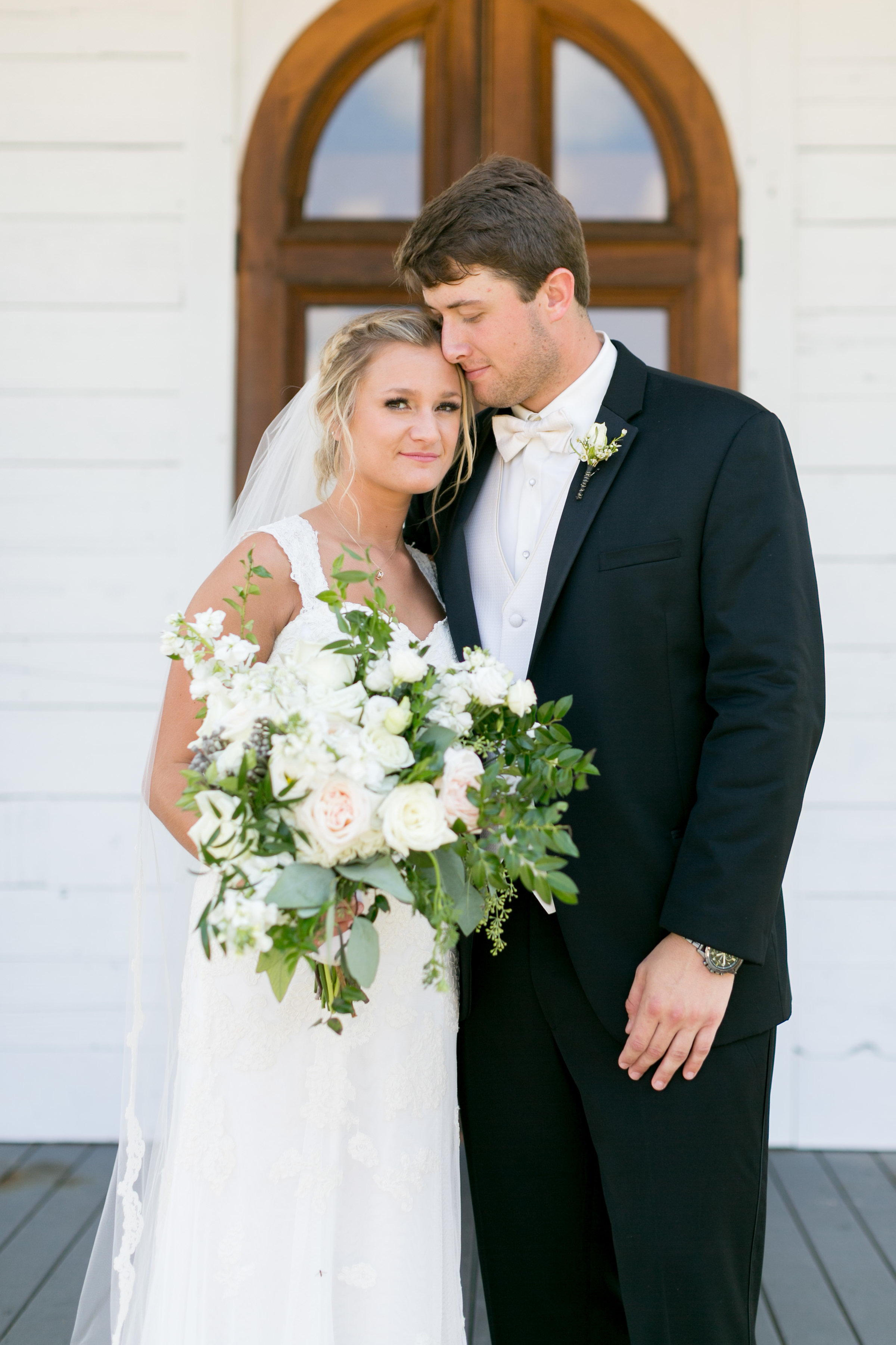 Classic southern wedding and calligraphy in oxford mississippi