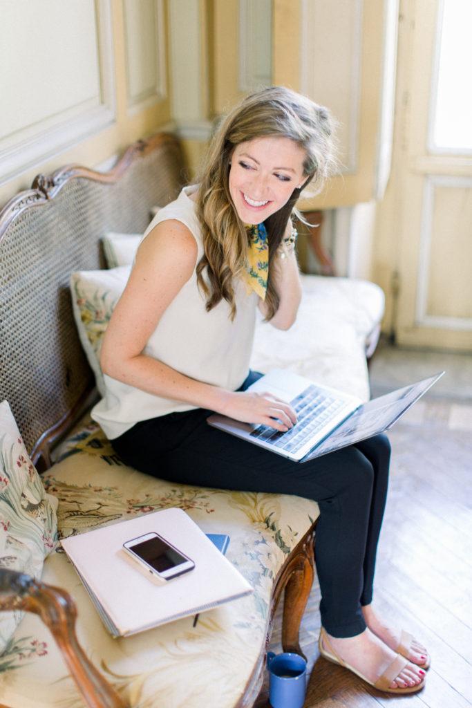 Ashlyn Carter Ashlyn Writes by Abby Grace Photography Creative Copywriter